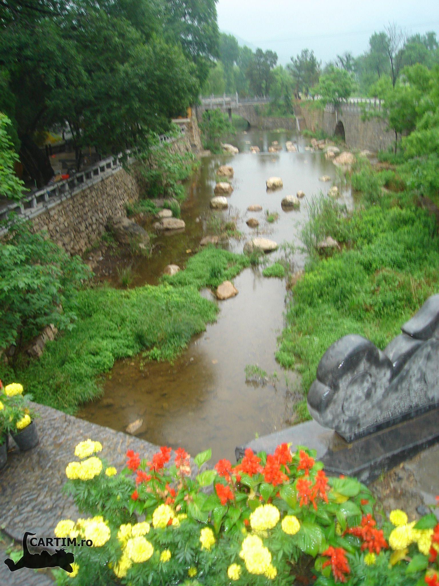 Luoyang-templul-calului-alb