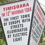 Intrebari sub felinarele din Timisoara