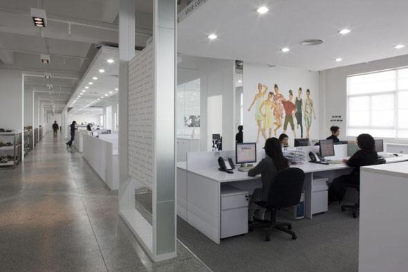 5 lucruri care nu trebuie sa iti lipseasca de la birou for Modern office design concepts 2017