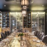 6 sfaturi ca sa comanzi vinul la restaurant ca un profesionist